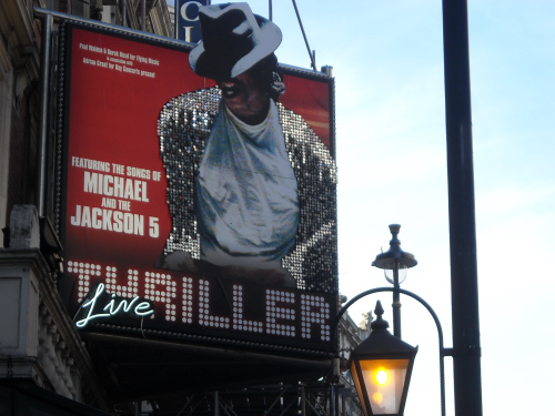 Thriller1564-.JPG