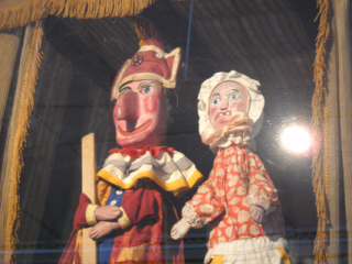 Punch and judy_1799.JPG